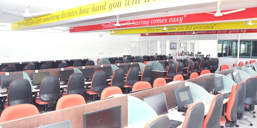 RACE BANK AND SSC EXAM COACHING INSTITUTE - ERODE BRANCH - COMPUTER LAB - THE BEST INSTITUTE IN INDIA